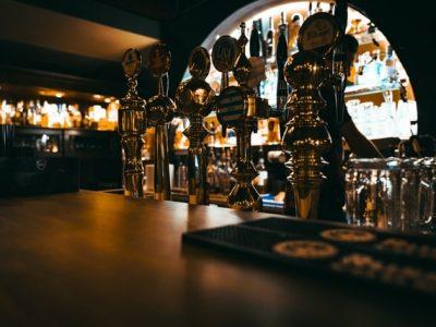 ¿Sabes cómo alargar la vida de la maquinaria para bares